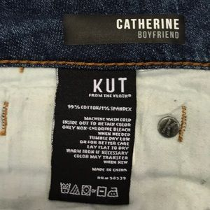 Kut from the Kloth Jeans - KUT Catherine Boyfriend Jeans 10 Distressed